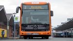 Oranger Bus der Linie 2 von Stockelsdorf zum Bornkamp in Lübeck.