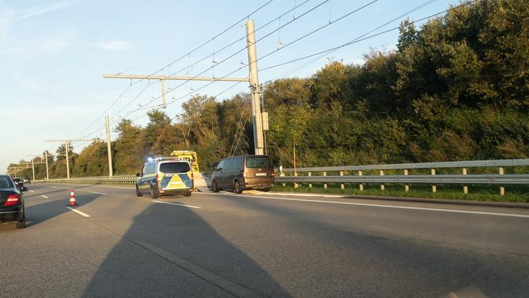 Motorplatzer sorgte für langen Stau auf der A1