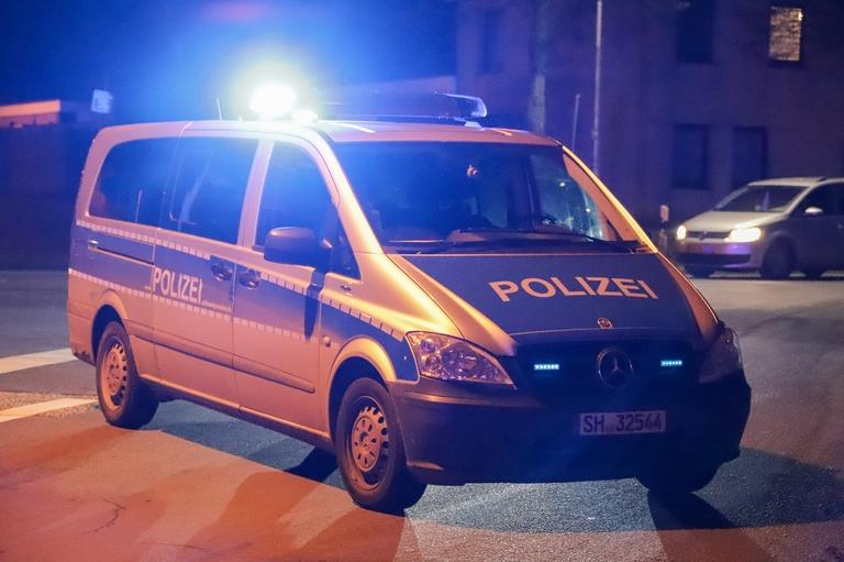Polizei Nacht Blaulicht