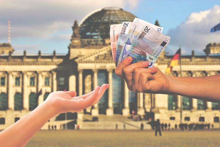 Geld von Bund und Land wegen Steuerausfällen