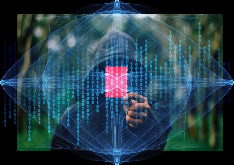 Fotomontage eines Mannes mit Kapuze und einem Bildschirm voller Daten.