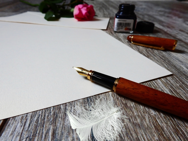 Brief schreiben mit Füllfederhalter