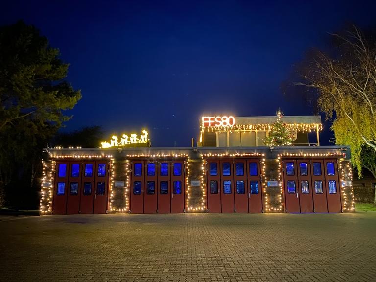 Weihnachtsbeleuchtung FF Scharbeutz